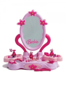 Barbie beauty center table version  with accessories. Step2 Πλαστικά Παιχνίδια
