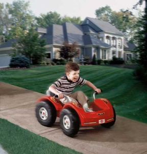 Zip and Zoom Pedal Car  Step2 Πλαστικά Παιχνίδια